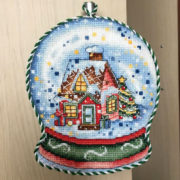 Christmas Snow Globe. Embroidered by Victoria Galaktionova