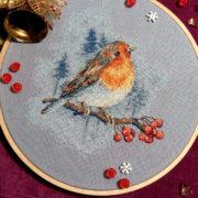 Bird on rowan