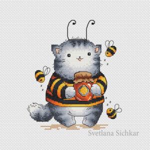 Kitten_bee