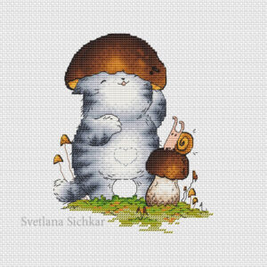 Kitten like a mushroom